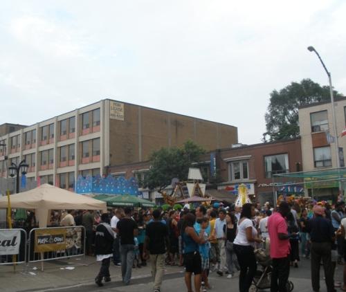 mês de agosto em Toronto tem muitas surpresas como a CNE, Festival