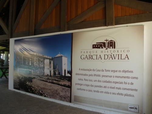 Castelo  Garcia D´Ávila by Gina Moraes.