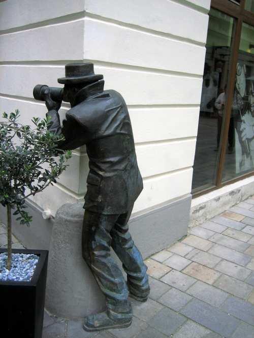 photographer-statue-bratislava