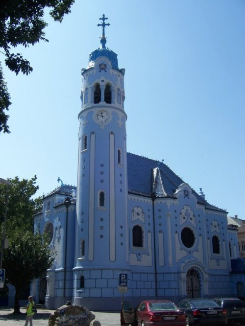 Igreja Azul - Bratislava. Foto Inorbeterrarum.
