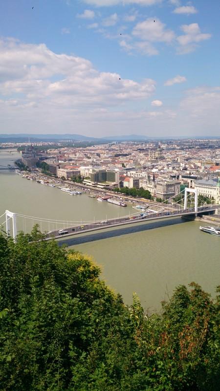 "Ponte Elisabeth (""Erzsébet hit"""